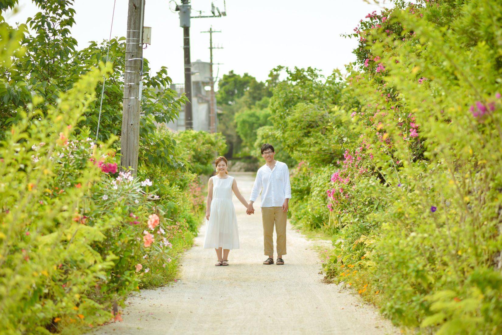 【レポ#11】自転車に乗って島巡り!竹富島でカップルフォト♡ M&R様