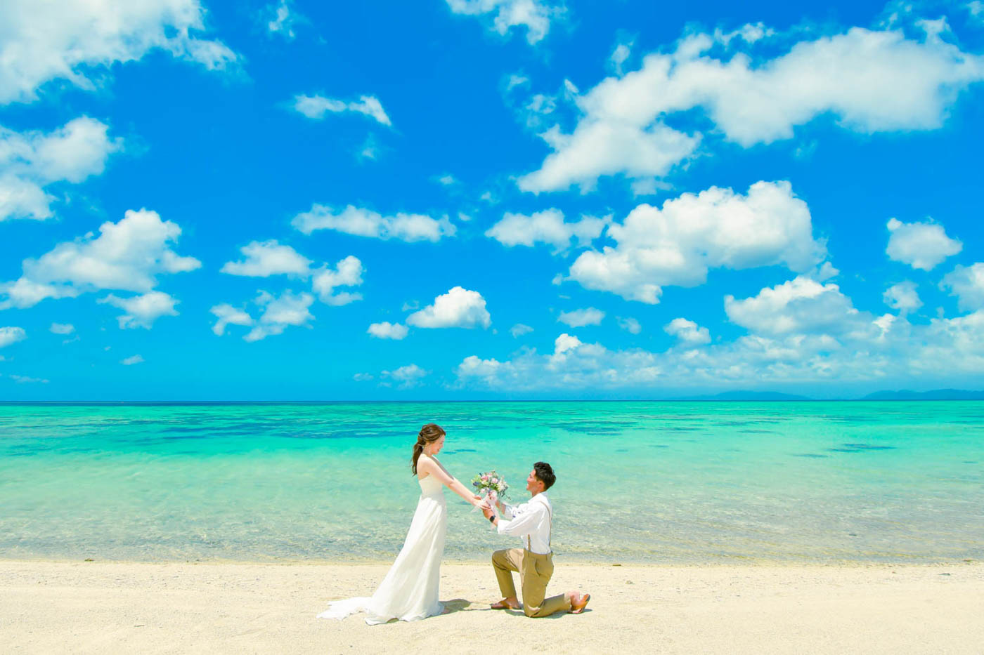 川平タバガービーチでプロポーズフォト