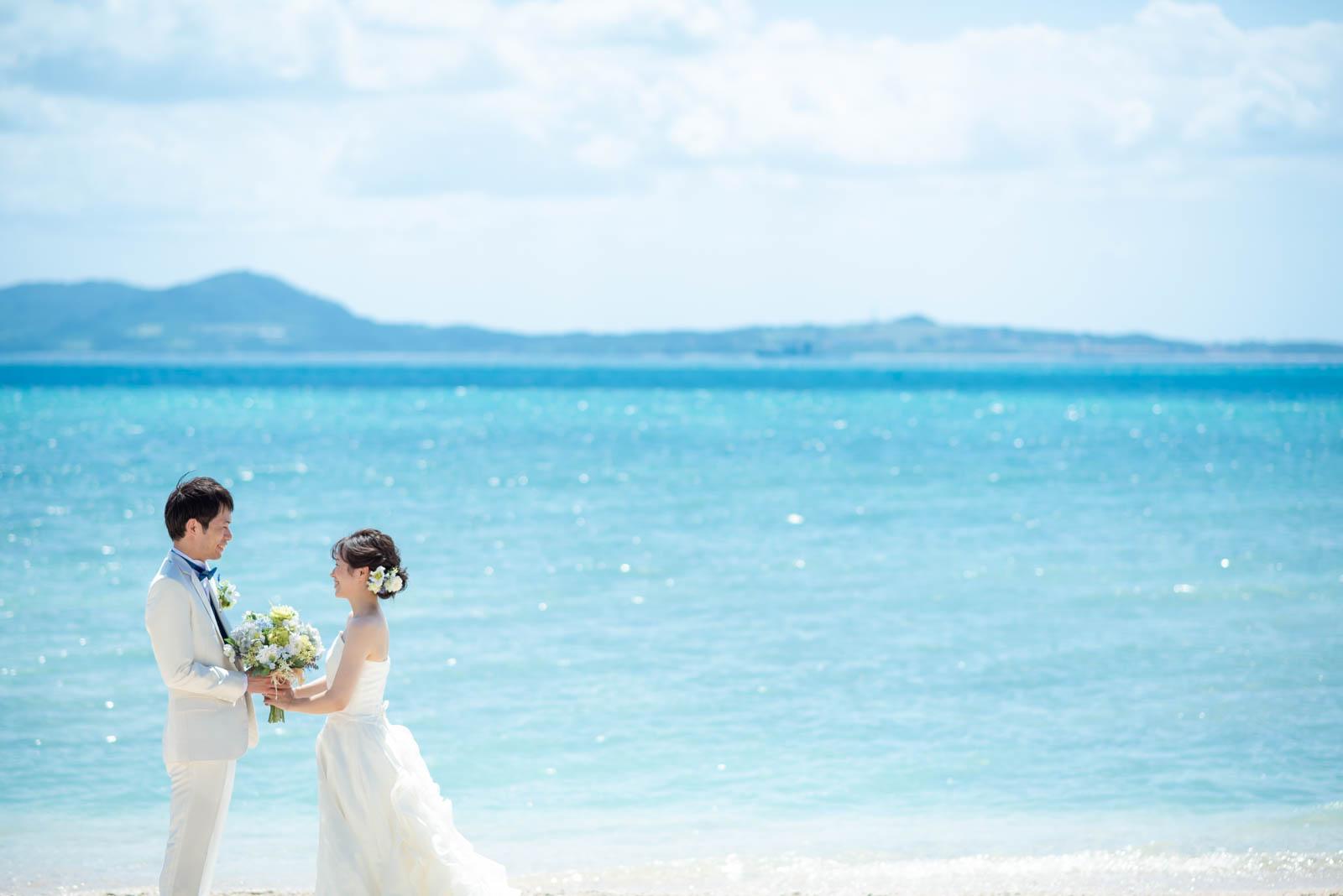石垣島でビーチウェディング