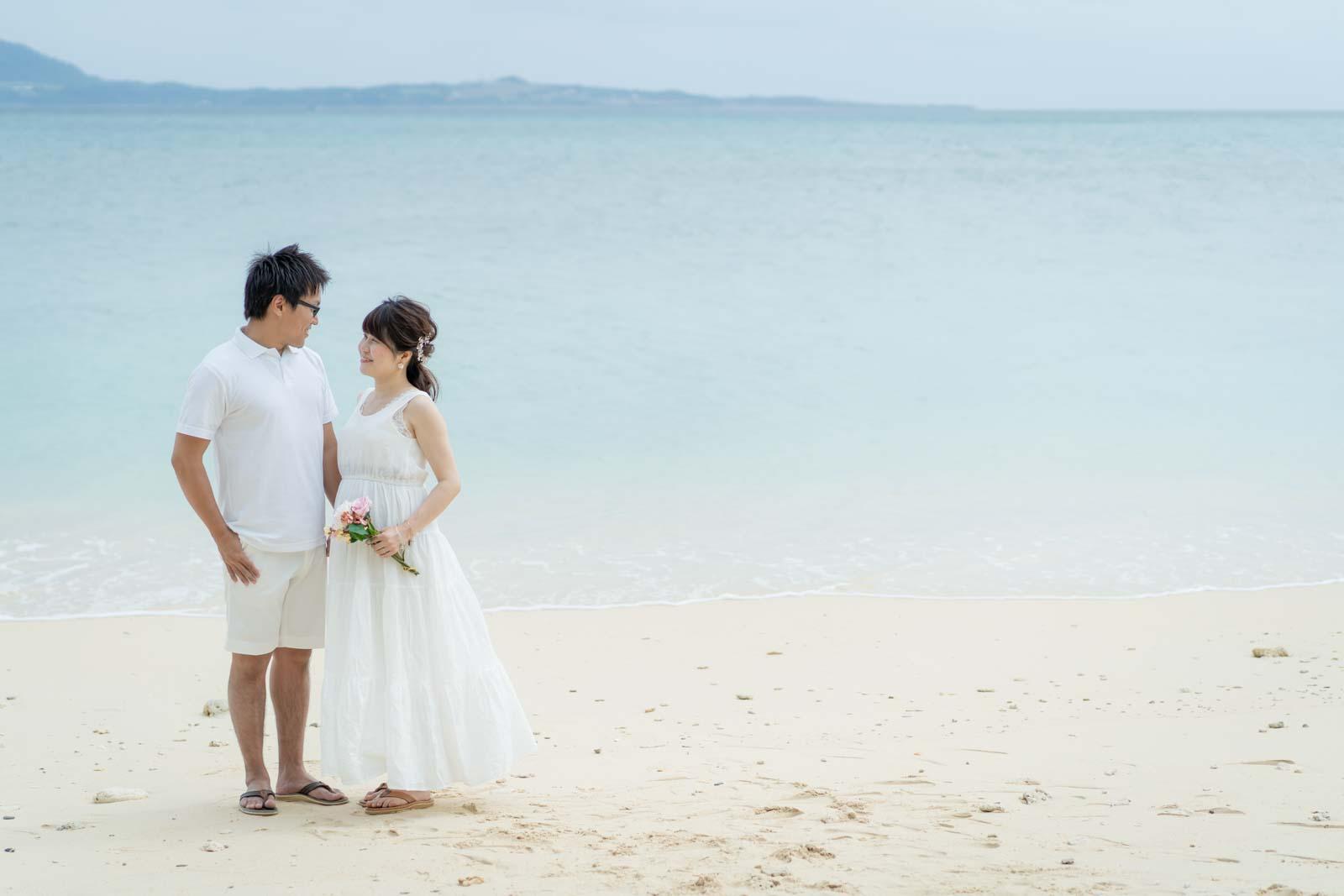 石垣島のビーチで設営